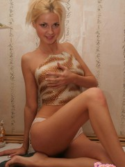 Blonde Teen Girl Taking Her Clothes Off - Picture 3